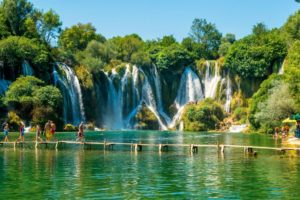 BIH-road-trip-Mostar-Jablanica-Pocitelj-Kravice-6-300x200