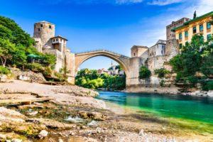 BIH-road-trip-Mostar-Jablanica-Pocitelj-Kravice-8-300x200